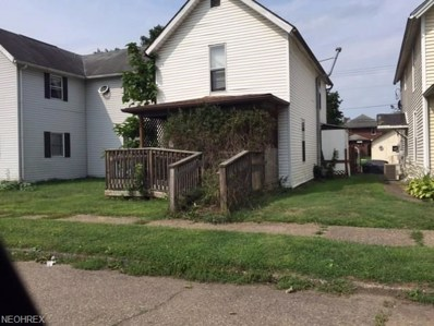 385 S 10th St, Coshocton, OH 43812 - #: 4032889