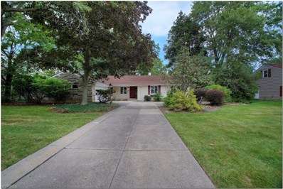 23951 Hazelmere Rd, Shaker Heights, OH 44122 - #: 4039456