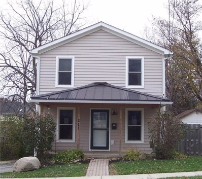 211 Courtland St, Fairport Harbor, OH 44077 - #: 4053932