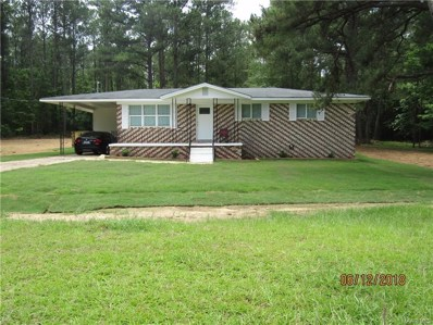 2555 Pleasant Springs Drive, Tuskegee, AL 36083 - #: 435820