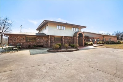 573 W Reed Valley Road, Fayetteville, AR 72704 - #: 1139485