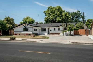 605 N Eaton Avenue, Dinuba, CA 93618 - #: 502368