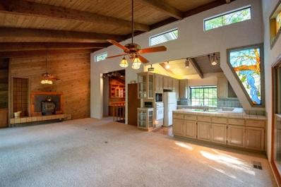 156 Wood Duck Drive, Sanger, CA 93657 - #: 505269