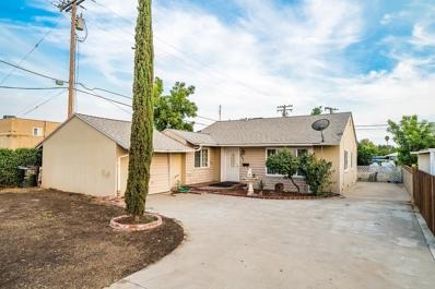 807 W Grangeville Boulevard, Hanford, CA 93230 - #: 508162