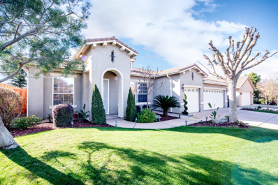 34 W Decatur Avenue, Clovis, CA 93611 - #: 517810