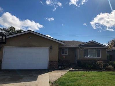 514 W Santa Ana Avenue, Clovis, CA 93612 - #: 517849