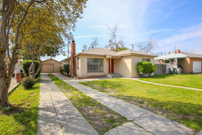 3824 E Weldon Avenue, Fresno, CA 93703 - #: 520159