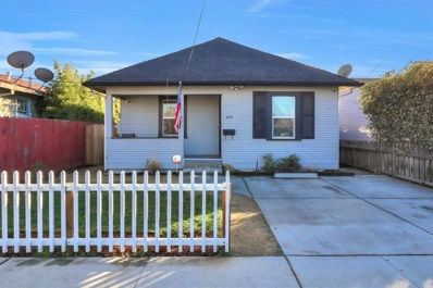 827 Central Avenue, Hollister, CA 95023 - #: 52177785