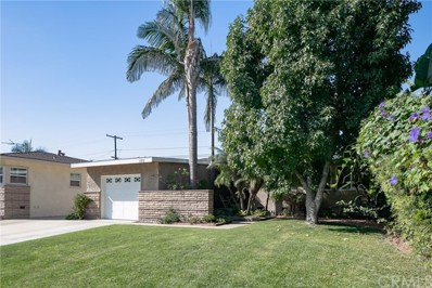 2313 Vuelta Grande Avenue, Long Beach, CA 90815 - #: PW18266097
