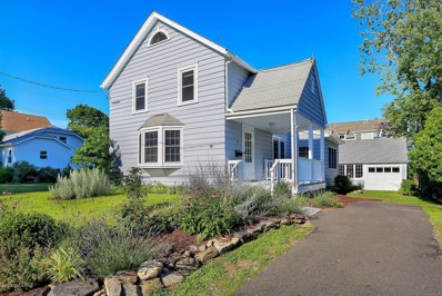16 Heusted Drive, Old Greenwich, CT 06870 - #: 103917
