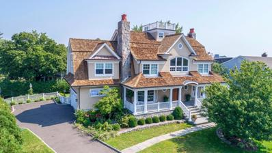 3 E Point Lane, Old Greenwich, CT 06870 - #: 104081