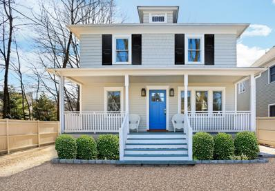 35 Forest Avenue, Old Greenwich, CT 06870 - #: 105449