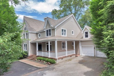 28 Forest Avenue, Old Greenwich, CT 06870 - #: 105505