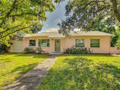 200 S Palm Avenue, Howey In The Hills, FL 34737 - #: S5005913