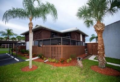 2004 SE Round Table Drive SE UNIT 0, Port Saint Lucie, FL 34952 - #: RX-10458681