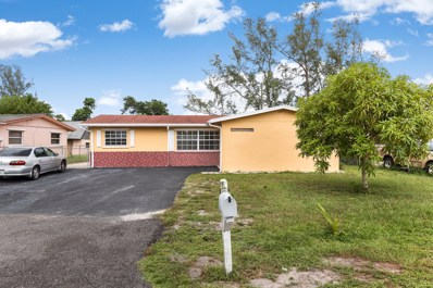 684 Snead Circle, West Palm Beach, FL 33413 - #: RX-10460180