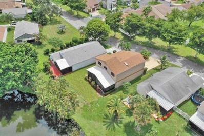 11 E Chesterfield Drive, Boynton Beach, FL 33426 - #: RX-10463834