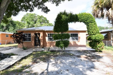 303 S 23rd Street, Fort Pierce, FL 34950 - #: RX-10572192