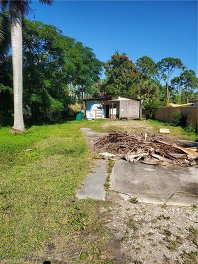 2617 Holly Ave, Naples, FL 34112 - #: 220080443