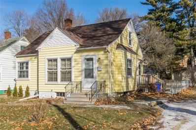 302 21st Street NE, Cedar Rapids, IA 52402 - #: 1908777
