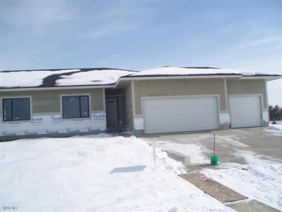 2321 Scenic Valley Drive, West Des Moines, IA 50265 - #: 568958