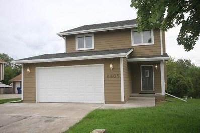8605 Ridgeview Drive, Des Moines, IA 50320 - #: 570273