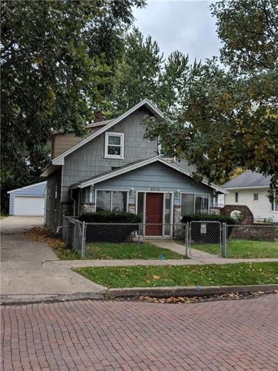 2743 Des Moines Street, Des Moines, IA 50317 - #: 571054