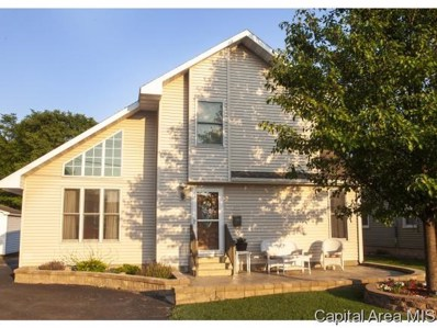 317 N Simpson St, Taylorville, IL 62568 - #: 184817