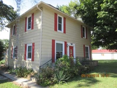 118 Center Street, Hume, IL 61932 - #: 10095186