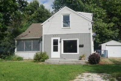 809 E Chamberlin Street, Dixon, IL 61021 - #: 10106745