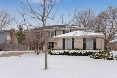 920 Summit Drive, Deerfield, IL 60015 - #: 10252693