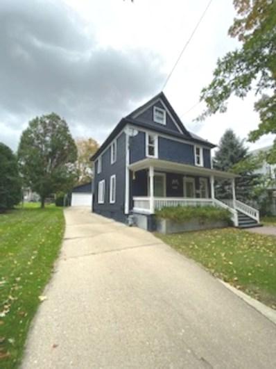 822 W Avon Street, Freeport, IL 61032 - #: 10395943