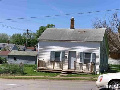 820 N Division Street, Davenport, IA 52802 - #: 381151