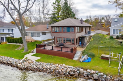 758 S Clear Lake Drive, Fremont, IN 46737 - #: 201849516