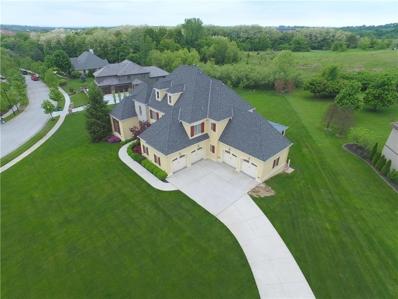 7905 N Shoal Creek Valley Drive, Kansas City, MO 64157 - #: 2081910