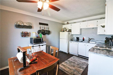4001 S Redwood Drive UNIT D, Independence, MO 64055 - #: 2134744