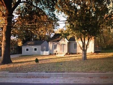 5912 W 75th Street, Mission Hills, KS 66208 - #: 2135899