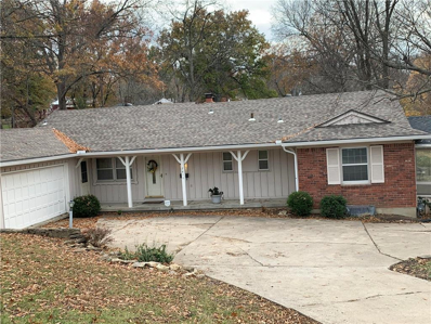 7611 E Gregory Boulevard, Kansas City, MO 64133 - #: 2138617