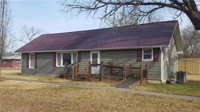302 S 4th Street, Blue Mound, KS 66032 - #: 2141095
