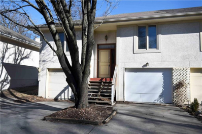 205 SW Pryor #A Road UNIT A, Lee\'s Summit, MO 64081 - #: 2143928