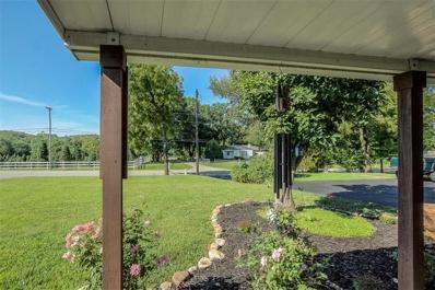 18538 Midland Drive, Shawnee, KS 66218 - #: 2185668
