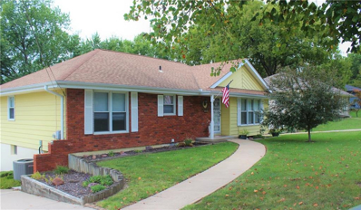 6822 NW Cross Road, Parkville, MO 64152 - #: 2191295