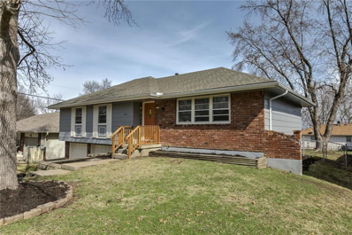 S 4501 SPRING Street, Independence, MO 64055 - #: 2211855