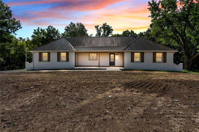 E 27101 State Rt EE Highway, Harrisonville, MO 64701 - #: 2234591