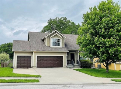 403 Golfview Drive, Pleasant Hill, MO 64080 - #: 2323766
