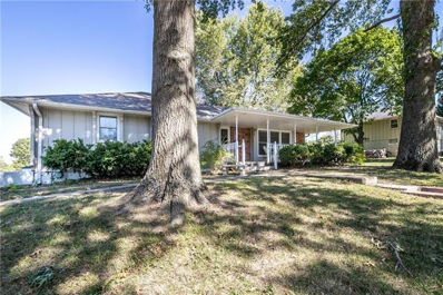 W 2011 Donna Drive, Excelsior Springs, MO 64024 - #: 2347780