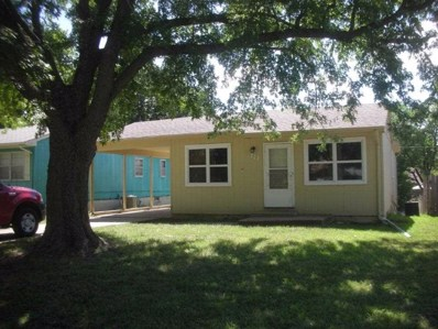 327 N Soward, Winfield, KS 67156 - #: 554025