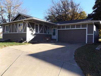 106 N VanTage View Circle, Wichita, KS 67212 - #: 558833