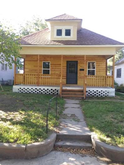 729 E Sherman Ave, Hutchinson, KS 67501 - #: 587738