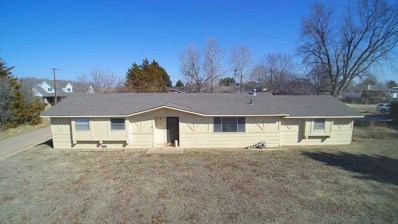 1206 N Walnut, Medicine Lodge, KS 67104 - #: 592763